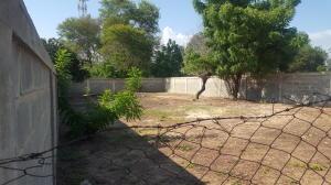 Terreno En Ventaen Cabimas, Zulia, Venezuela, VE RAH: 20-3008