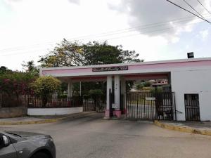 Terreno En Ventaen Charallave, Charallave Country, Venezuela, VE RAH: 20-3055