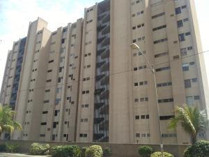 Apartamento En Ventaen Catia La Mar, Playa Grande, Venezuela, VE RAH: 20-3057