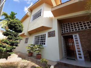 Casa En Ventaen Barquisimeto, Colinas De Santa Rosa, Venezuela, VE RAH: 20-3069
