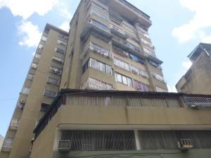 Apartamento En Ventaen Caracas, Parroquia Altagracia, Venezuela, VE RAH: 20-3100