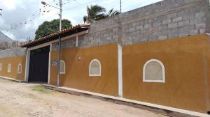 Casa En Ventaen Lagunillas, Lagunillas, Venezuela, VE RAH: 20-3150