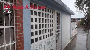 Casa En Ventaen Cagua, Prados De La Encrucijada, Venezuela, VE RAH: 20-3198