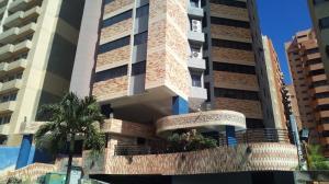 Apartamento En Ventaen Valencia, La Trigaleña, Venezuela, VE RAH: 20-5416