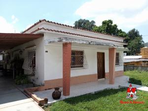 Casa En Ventaen Maracay, El Limon, Venezuela, VE RAH: 20-3204