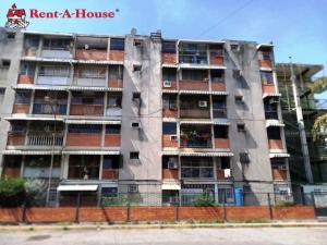 Apartamento En Ventaen Maracay, Parque Aragua, Venezuela, VE RAH: 20-3208