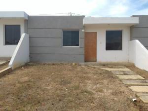 Casa En Ventaen Cabudare, Parroquia José Gregorio, Venezuela, VE RAH: 20-3215