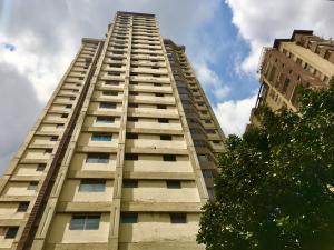 Apartamento En Ventaen Caracas, Parroquia La Candelaria, Venezuela, VE RAH: 20-3268