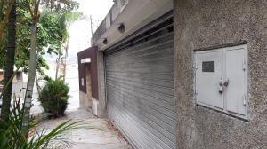 Casa En Ventaen Caracas, Santa Ines, Venezuela, VE RAH: 20-3287