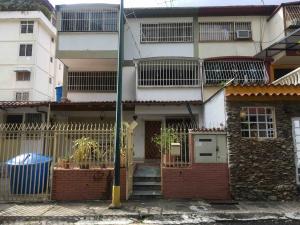 Townhouse En Alquileren Caracas, Sebucan, Venezuela, VE RAH: 20-3299