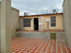 Casa En Ventaen Cabudare, Parroquia José Gregorio, Venezuela, VE RAH: 20-3353