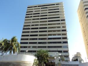 Apartamento En Ventaen Margarita, Porlamar, Venezuela, VE RAH: 20-2904