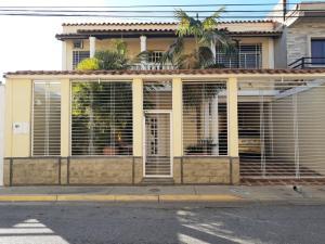 Casa En Ventaen Maracay, Villas Ingenio Ii, Venezuela, VE RAH: 20-3368
