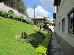 Apartamento En Ventaen Municipio Los Salias, Las Salias, Venezuela, VE RAH: 20-3402