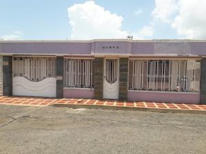 Casa En Ventaen Maracaibo, Maranorte, Venezuela, VE RAH: 20-3454