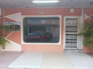 Local Comercial En Alquileren Cabudare, Centro, Venezuela, VE RAH: 20-3461