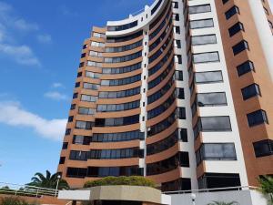 Apartamento En Ventaen Parroquia Caraballeda, La Llanada, Venezuela, VE RAH: 20-3477