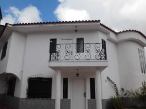 Casa En Ventaen San Antonio De Los Altos, Pomarosa, Venezuela, VE RAH: 20-3478