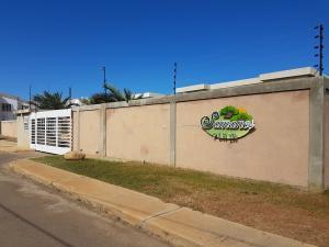 Apartamento En Ventaen Coro, Sector La Floresta, Venezuela, VE RAH: 20-3490