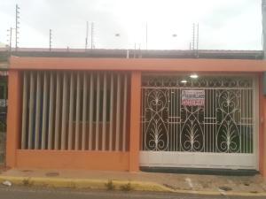 Casa En Ventaen Maracaibo, Via La Concepcion, Venezuela, VE RAH: 20-3514