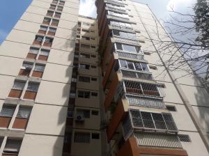 Apartamento En Ventaen Caracas, Terrazas Del Club Hipico, Venezuela, VE RAH: 20-3529