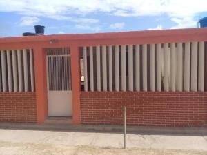 Casa En Ventaen Punto Fijo, Antiguo Aeropuerto, Venezuela, VE RAH: 20-3538