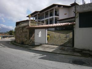 Casa En Ventaen Caracas, Prados Del Este, Venezuela, VE RAH: 20-3553