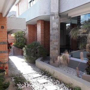 Casa En Ventaen Caracas, Alto Hatillo, Venezuela, VE RAH: 20-3572