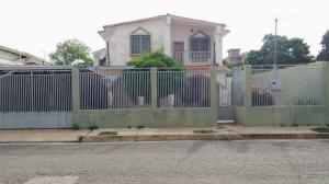 Casa En Ventaen Carora, Municipio Torres, Venezuela, VE RAH: 20-3576
