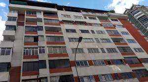 Apartamento En Ventaen Caracas, Los Palos Grandes, Venezuela, VE RAH: 20-3594