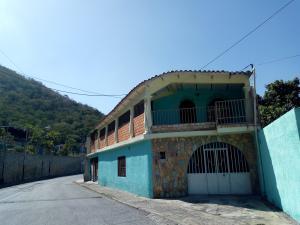 Casa En Ventaen Maracay, La Cooperativa, Venezuela, VE RAH: 20-3590