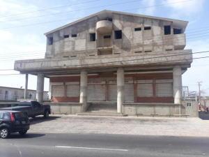Local Comercial En Alquileren Punto Fijo, Santa Irene, Venezuela, VE RAH: 20-3626