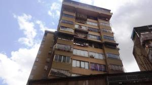 Apartamento En Ventaen Caracas, Parroquia Altagracia, Venezuela, VE RAH: 20-3644