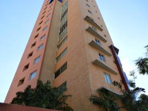 Apartamento En Ventaen Valencia, La Trigaleña, Venezuela, VE RAH: 20-4732