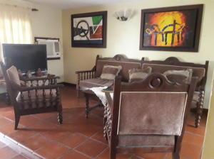 Casa En Ventaen Municipio San Francisco, San Francisco, Venezuela, VE RAH: 20-3669