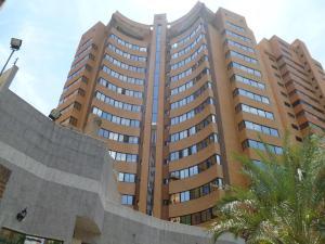 Apartamento En Ventaen Valencia, La Trigaleña, Venezuela, VE RAH: 20-3716