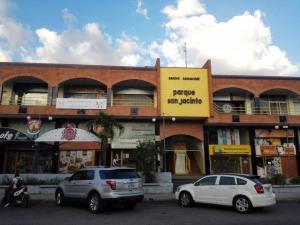 Local Comercial En Alquileren Maracay, San Jacinto, Venezuela, VE RAH: 20-3885