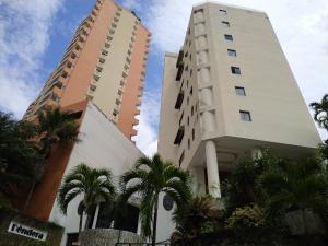 Apartamento En Ventaen Valencia, El Parral, Venezuela, VE RAH: 20-3730