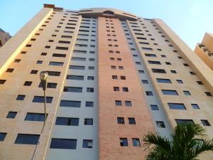 Apartamento En Ventaen Valencia, La Trigaleña, Venezuela, VE RAH: 20-3744