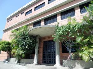 Galpon - Deposito En Alquileren Caracas, La Yaguara, Venezuela, VE RAH: 20-3746