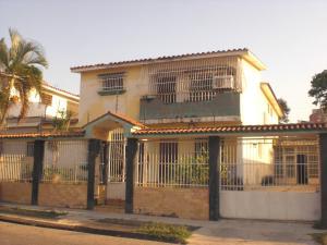 Casa En Ventaen Valencia, Trigal Sur, Venezuela, VE RAH: 20-3768