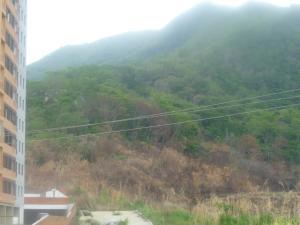 Terreno En Ventaen Municipio Naguanagua, Palma Real, Venezuela, VE RAH: 20-3786