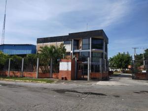 Galpon - Deposito En Alquileren Valencia, Zona Industrial, Venezuela, VE RAH: 20-3812