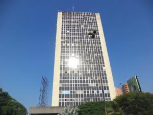 Oficina En Alquileren Valencia, Las Acacias, Venezuela, VE RAH: 20-3841