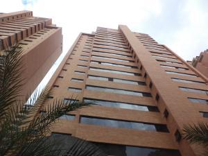 Apartamento En Ventaen Valencia, La Trigaleña, Venezuela, VE RAH: 20-3851