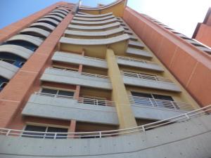 Apartamento En Ventaen Valencia, La Trigaleña, Venezuela, VE RAH: 20-3864
