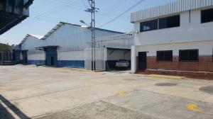 Galpon - Deposito En Ventaen Guacara, Carret Guacara - San Joaquin, Venezuela, VE RAH: 20-3860