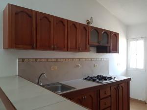 Casa En Alquileren Coro, Intercomunal Coro La Vela, Venezuela, VE RAH: 20-3863