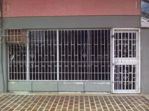 Local Comercial En Ventaen Punto Fijo, Caja De Agua, Venezuela, VE RAH: 20-3923