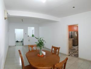 Casa En Ventaen Coro, Sector Independencia, Venezuela, VE RAH: 20-3916